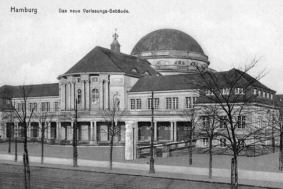 An historical view of Universität Hamburg's Main Building.