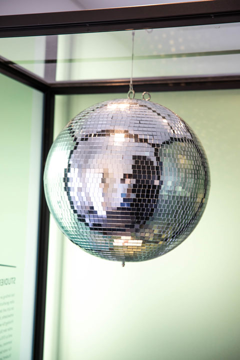 Disco ball from Café Philcaph